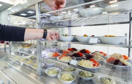 Goede Koolhydraatarm eten onderweg: slimme tips als je buiten de deur eet YE-88
