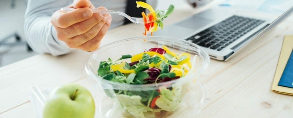 Fabulous Koolhydraatarm eten onderweg: slimme tips als je buiten de deur eet #MF72